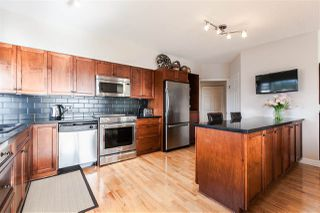 "Photo 2: 611 1442 FOSTER Street: White Rock Condo for sale in ""White Rock Square 3"" (South Surrey White Rock)  : MLS®# R2040854"