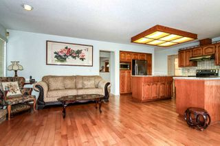 Photo 9: 7510 TYNDALE Crescent in Burnaby: Montecito House for sale (Burnaby North)  : MLS®# R2069602