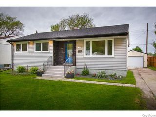 Photo 1: 725 Robin Hood Crescent in Winnipeg: East Kildonan Residential for sale (North East Winnipeg)  : MLS®# 1615893
