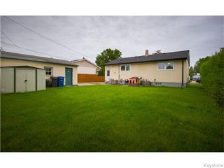 Photo 18: 725 Robin Hood Crescent in Winnipeg: East Kildonan Residential for sale (North East Winnipeg)  : MLS®# 1615893
