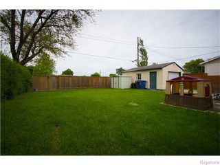 Photo 2: 725 Robin Hood Crescent in Winnipeg: East Kildonan Residential for sale (North East Winnipeg)  : MLS®# 1615893