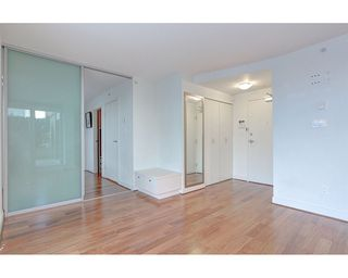 Photo 4: 408 1030 W BROADWAY in Vancouver: Fairview VW Condo for sale (Vancouver West)  : MLS®# R2119107