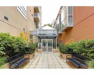 Photo 1: 408 1030 W BROADWAY in Vancouver: Fairview VW Condo for sale (Vancouver West)  : MLS®# R2119107