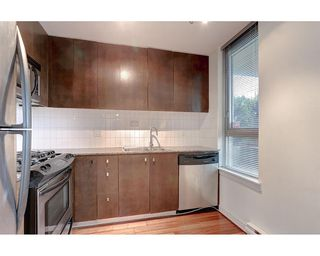 Photo 7: 408 1030 W BROADWAY in Vancouver: Fairview VW Condo for sale (Vancouver West)  : MLS®# R2119107