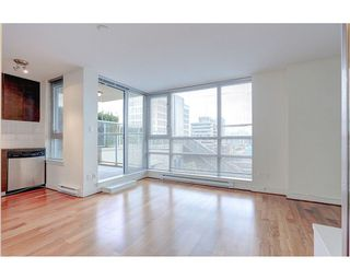 Photo 2: 408 1030 W BROADWAY in Vancouver: Fairview VW Condo for sale (Vancouver West)  : MLS®# R2119107
