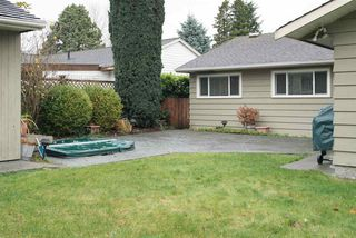 """Photo 18: 1207 SILVERWOOD Crescent in North Vancouver: Norgate House for sale in """"Norgate"""" : MLS®# R2126161"""