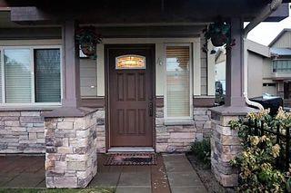 Photo 1: 4 7867 120 Street in Delta: Scottsdale Townhouse for sale (N. Delta)  : MLS®# R2131761