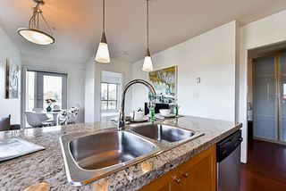 """Photo 9: 201 702 E KING EDWARD Avenue in Vancouver: Fraser VE Condo for sale in """"Magnolia"""" (Vancouver East)  : MLS®# R2140513"""
