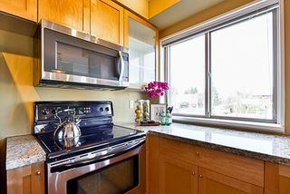 """Photo 5: 201 702 E KING EDWARD Avenue in Vancouver: Fraser VE Condo for sale in """"Magnolia"""" (Vancouver East)  : MLS®# R2140513"""