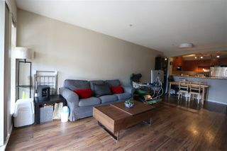 """Photo 3: 401 9283 GOVERNMENT Street in Burnaby: Government Road Condo for sale in """"SANDLEWOOD BY POLYGON"""" (Burnaby North)  : MLS®# R2146819"""