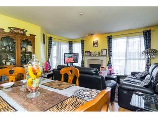 "Photo 9: 412 13727 74 Avenue in Surrey: East Newton Condo for sale in ""King's Court"" : MLS®# R2157470"