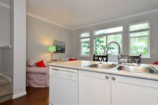 """Photo 6: 72 2588 152 Street in Surrey: King George Corridor Townhouse for sale in """"Woodgrove"""" (South Surrey White Rock)  : MLS®# R2162320"""