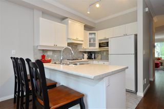 """Photo 5: 72 2588 152 Street in Surrey: King George Corridor Townhouse for sale in """"Woodgrove"""" (South Surrey White Rock)  : MLS®# R2162320"""