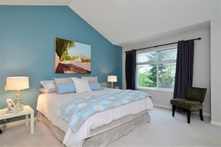 """Photo 10: 72 2588 152 Street in Surrey: King George Corridor Townhouse for sale in """"Woodgrove"""" (South Surrey White Rock)  : MLS®# R2162320"""
