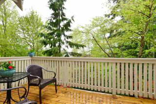"""Photo 9: 72 2588 152 Street in Surrey: King George Corridor Townhouse for sale in """"Woodgrove"""" (South Surrey White Rock)  : MLS®# R2162320"""