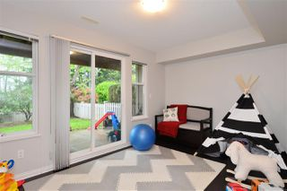 """Photo 14: 72 2588 152 Street in Surrey: King George Corridor Townhouse for sale in """"Woodgrove"""" (South Surrey White Rock)  : MLS®# R2162320"""