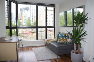 """Photo 7: 309 488 HELMCKEN Street in Vancouver: Yaletown Condo for sale in """"ROBINSON TOWER"""" (Vancouver West)  : MLS®# R2169760"""