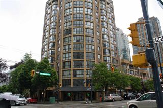 "Photo 1: 309 488 HELMCKEN Street in Vancouver: Yaletown Condo for sale in ""ROBINSON TOWER"" (Vancouver West)  : MLS®# R2169760"