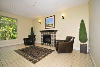 "Photo 2: 301 15385 101A Avenue in Surrey: Guildford Condo for sale in ""CHARLTON PARK"" (North Surrey)  : MLS®# R2189827"