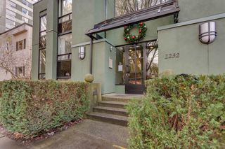 Photo 2: 301 1232 HARWOOD STREET in Vancouver: West End VW Condo for sale (Vancouver West)  : MLS®# R2127981