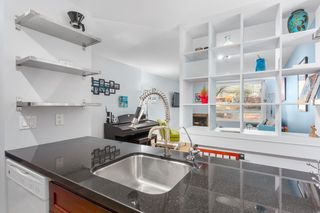 Photo 4: 301 1232 HARWOOD STREET in Vancouver: West End VW Condo for sale (Vancouver West)  : MLS®# R2127981