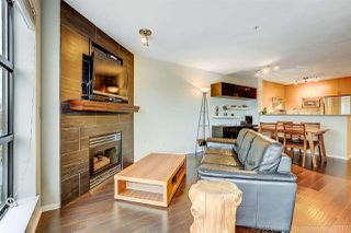 """Photo 1: 410 124 W 3RD Street in North Vancouver: Lower Lonsdale Condo for sale in """"THE VOGUE"""" : MLS®# R2215946"""