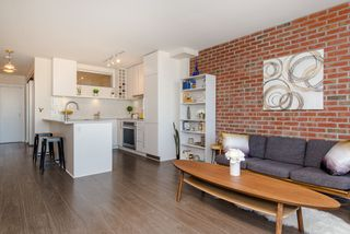 """Photo 20: 1008 668 COLUMBIA Street in New Westminster: Quay Condo for sale in """"Trapp & Holbrook"""" : MLS®# R2226399"""