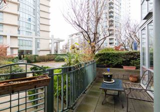 "Photo 19: TH103 1288 MARINASIDE Crescent in Vancouver: Yaletown Townhouse for sale in ""CRESTMARK"" (Vancouver West)  : MLS®# R2229944"
