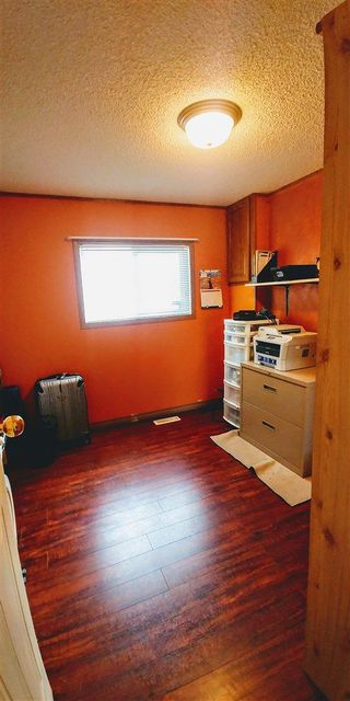 """Photo 7: 7240 SUTLEY Road in Prince George: Pineview Manufactured Home for sale in """"PINEVIEW"""" (PG Rural South (Zone 78))  : MLS®# R2257732"""