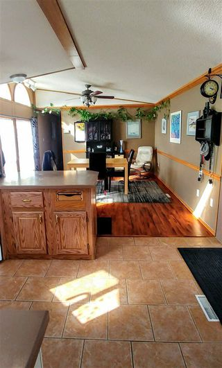 """Photo 5: 7240 SUTLEY Road in Prince George: Pineview Manufactured Home for sale in """"PINEVIEW"""" (PG Rural South (Zone 78))  : MLS®# R2257732"""