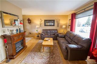 Photo 3: 281 Stradford Street in Winnipeg: Crestview Residential for sale (5H)  : MLS®# 1809791