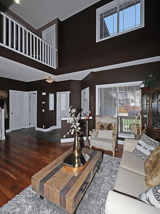 Photo 5: 129 EVANSCOVE Circle NW in Calgary: Evanston House for sale : MLS®# C4185596