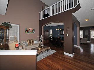 Photo 6: 129 EVANSCOVE Circle NW in Calgary: Evanston House for sale : MLS®# C4185596