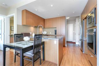 "Photo 7: 1008 3008 GLEN Drive in Coquitlam: North Coquitlam Condo for sale in ""M Two"" : MLS®# R2272155"