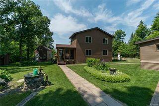 Photo 1: 71 JOHN Boulevard in Beaconia: Boulder Bay Residential for sale (R27)  : MLS®# 1816574