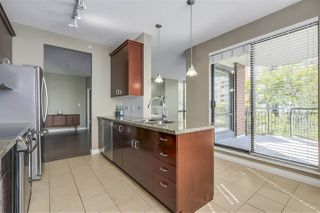 "Photo 9: 301 1550 MARTIN Street: White Rock Condo for sale in ""Sussex House"" (South Surrey White Rock)  : MLS®# R2309200"
