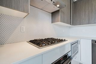 "Photo 5: PH17 6283 KINGSWAY in Burnaby: East Burnaby Condo for sale in ""PIXEL"" (Burnaby East)  : MLS®# R2312234"