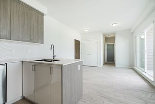 "Photo 6: PH17 6283 KINGSWAY in Burnaby: East Burnaby Condo for sale in ""PIXEL"" (Burnaby East)  : MLS®# R2312234"