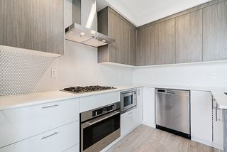 "Photo 4: PH17 6283 KINGSWAY in Burnaby: East Burnaby Condo for sale in ""PIXEL"" (Burnaby East)  : MLS®# R2312234"