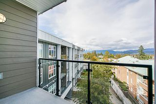 "Photo 13: PH17 6283 KINGSWAY in Burnaby: East Burnaby Condo for sale in ""PIXEL"" (Burnaby East)  : MLS®# R2312234"