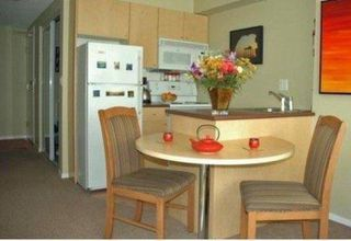 "Photo 2: 809 1889 ALBERNI Street in Vancouver: West End VW Condo for sale in ""LORD STANLEY"" (Vancouver West)  : MLS®# R2313766"