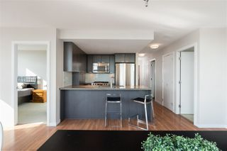"Photo 1: 1901 2232 DOUGLAS Road in Burnaby: Brentwood Park Condo for sale in ""AFFINITY"" (Burnaby North)  : MLS®# R2314570"