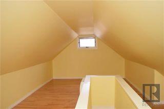 Photo 11: 1548 Alexander Avenue in Winnipeg: Weston Residential for sale (5D)  : MLS®# 1827979