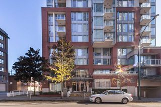 """Photo 13: 1910 550 TAYLOR Street in Vancouver: Downtown VW Condo for sale in """"THE TAYLOR"""" (Vancouver West)  : MLS®# R2324086"""