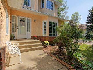 Photo 3: 451 HEFFERNAN Drive in Edmonton: Zone 14 House for sale : MLS®# E4137308