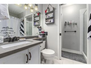 """Photo 15: 69 1973 WINFIELD Drive in Abbotsford: Abbotsford East Townhouse for sale in """"Belmont Ridge"""" : MLS®# R2326709"""