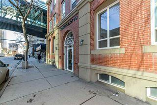 Photo 2: 204 10154 103 Street in Edmonton: Zone 12 Condo for sale : MLS®# E4140978