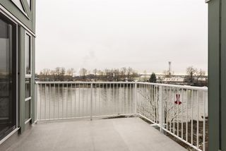 """Photo 8: 406 1920 E KENT AVENUE SOUTH Avenue in Vancouver: Fraserview VE Condo for sale in """"Harbour House"""" (Vancouver East)  : MLS®# R2336658"""