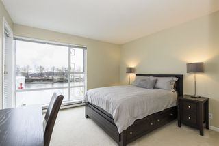 """Photo 10: 406 1920 E KENT AVENUE SOUTH Avenue in Vancouver: Fraserview VE Condo for sale in """"Harbour House"""" (Vancouver East)  : MLS®# R2336658"""