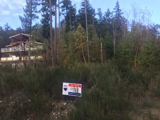 "Photo 3: Lot 104 JOHNSTON HEIGHTS Drive in Pender Harbour: Pender Harbour Egmont Land for sale in ""Daniel Point"" (Sunshine Coast)  : MLS®# R2339002"